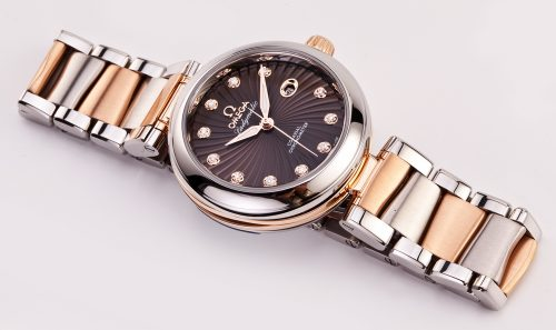 de ville 500x297 - LADYMATIC OMEGA CO-AXIAL